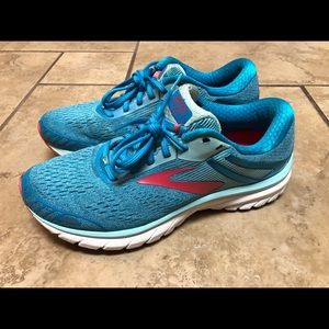 Brooks Adrenaline GTS 18 Womens Athletic Shoes